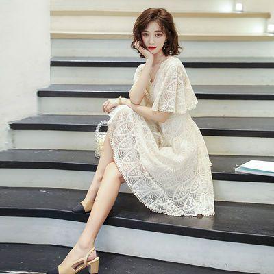 连衣裙女夏季2020新款韩版收腰显瘦v领法式春秋黑色仙女裙蕾丝裙