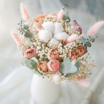 热卖玫瑰满天星向日葵干花花束ins网红摆件真花家居装饰摄影干花