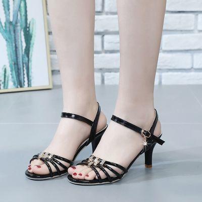 女凉鞋2020夏季新款细跟高跟时尚百搭性感露趾一字扣拉丁舞女凉鞋