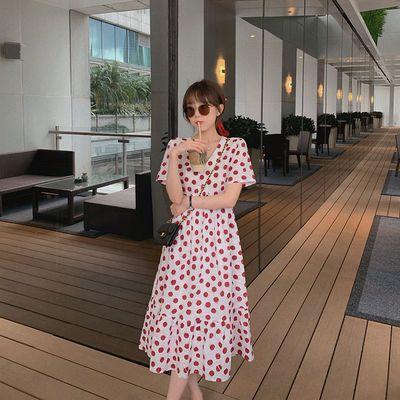 气质甜美的夏日红豆啵啵裙女装2020新款潮韩版泡泡袖中长款连衣裙