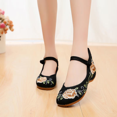 老北京女士新款春夏季绣花布鞋 郁金香绣花图案牛筋底布鞋