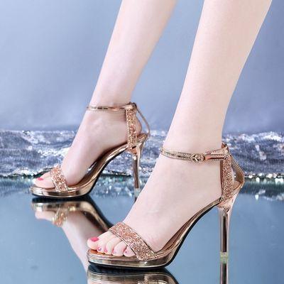 女凉鞋新款洋气2020夏季性感真皮细跟简约时尚露趾一字扣女士凉鞋