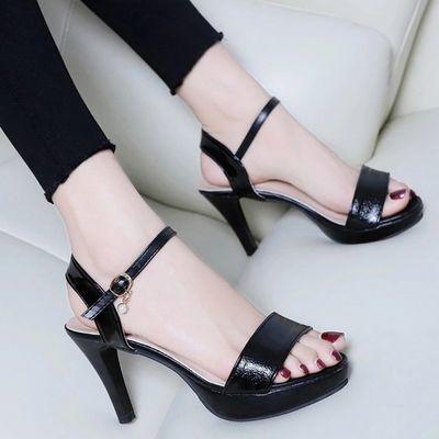 女凉鞋2020新款洋气高跟细跟性感时尚欧美一字扣防水女士凉鞋