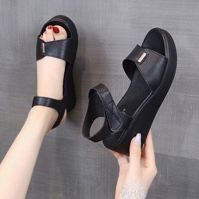 坡跟凉鞋女2020夏新款松糕厚底防水台平底舒适软底高跟妈妈凉鞋女