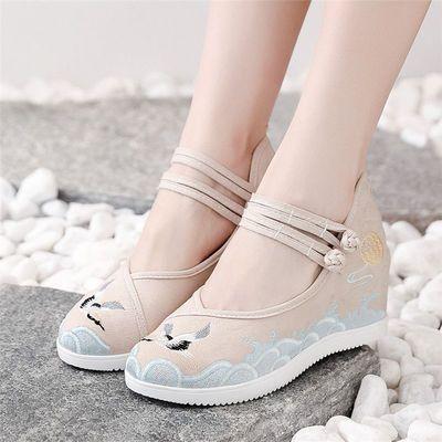 老北京布鞋女坡跟内增高民族风舞蹈绣花鞋百搭古风古装汉服高跟鞋