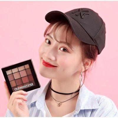 曼蒂丝16色眼影盘网红同款大地色哑光珠光学生防水裸妆自然色眼影