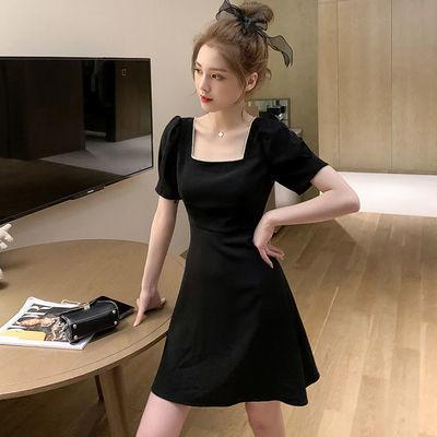 大码女装2020夏新款法式收腰方领泡泡袖连衣裙胖mm遮肚显瘦小黑裙