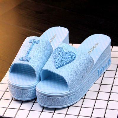 拖鞋女夏季可爱桃心厚底凉拖鞋居家浴室软底中跟一字拖防滑沙滩鞋