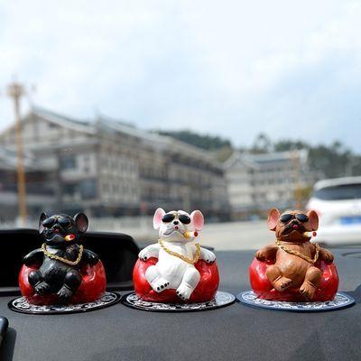 创意社会狗车载摆件 恶霸犬抽烟车载个性装饰品 汽车车载保平安