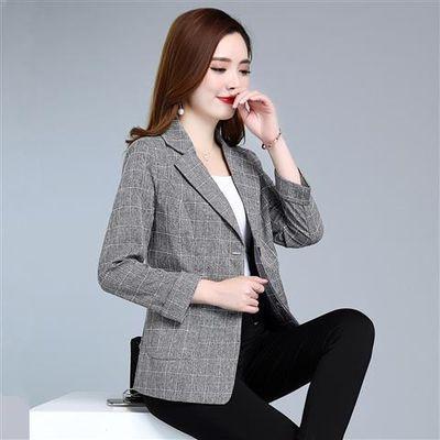 新款年轻妈妈装春秋薄款外套30-40岁韩版小西装短款格子外套上衣