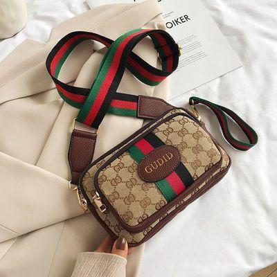 包包女2020新款女包港风复古帆布小方包韩版潮洋气单肩斜挎小包包