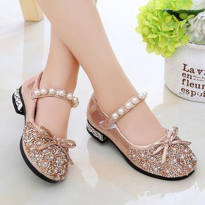 女童皮鞋2020秋季新款小女孩水晶鞋时尚珍珠水钻公主鞋网红高跟鞋