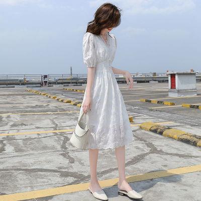 2020夏新款法式蕾丝白色雪纺连衣裙女仙中长款气质V领温柔风长裙