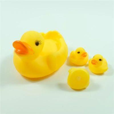 儿童玩具洗澡搪胶母子网鸭鸭宝宝一家沙滩戏水发声玩具