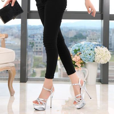 恨天高性感明星走秀款女凉鞋15公分高跟鞋白色婚鞋防水台细跟韩版
