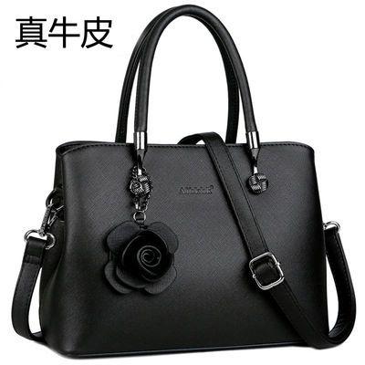 新款真皮手提包时尚大气女士包韩版百搭斜挎包大容量中年妈妈手拎