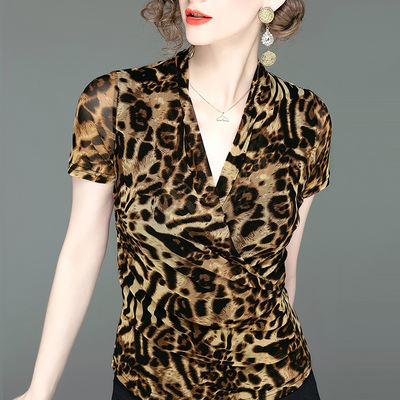 时尚洋气交叉V领印花T恤夏季新款豹纹女装小衫网纱短袖修身上衣女