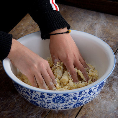 和面盆陶瓷大号加厚洗菜盆青花瓷揉面盆发面盆家用老式活面盆瓷盆