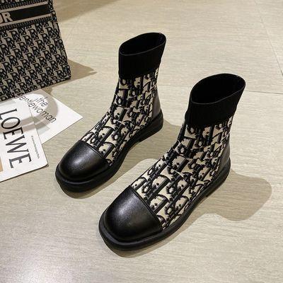 网红韩版百搭马丁靴女2020秋冬季新款厚底复古字母马丁靴单靴短靴