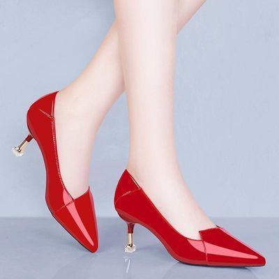 红色高跟鞋2020新款百搭细根猫跟配裙子小高跟单皮鞋女中跟女鞋