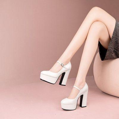 米白色12cm名媛高跟鞋女2020新款真皮单鞋一字扣带粗跟防水台女鞋