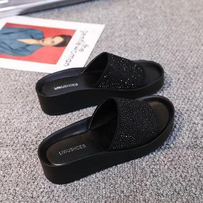 真皮凉拖鞋女外穿2020夏季新款时尚厚底一字拖百搭网红水钻沙滩鞋