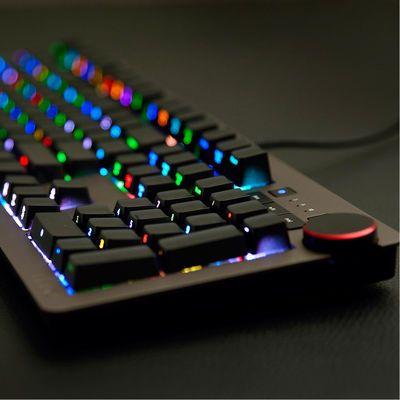 �ھ�AK60ӣ�����е����cherryԭ���������������羺���RGB