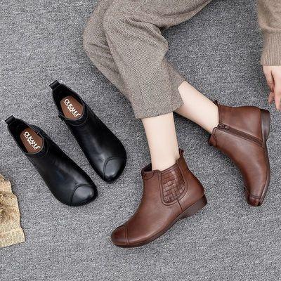 新款冬季真皮妈妈短靴女加绒平底舒适中老年棉靴女士皮靴软皮鞋女
