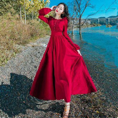 秋季文艺复古红色灯芯绒连衣裙沙漠度假女装衣服长袖仙女大摆长裙