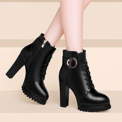 马丁靴女英伦风2020新款超高跟短靴女秋冬韩版防水台圆头靴子女冬