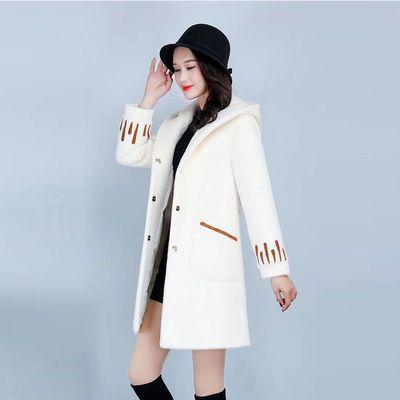 毛呢外套女中长款2020新款秋冬季仿水貂绒绣花加厚显瘦呢子大衣女