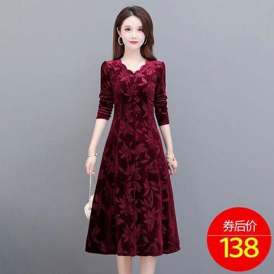 金丝绒连衣裙洋气高贵2020秋季新款气质贵夫人高端名媛女人味长裙