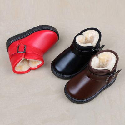儿童雪地靴皮面女童靴子防滑防水鞋加绒加厚短靴男童棉靴