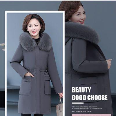 2020年新款妈妈冬装派克服可拆卸内胆活里活面中老年羽绒服女外套