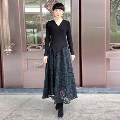 气质网纱连衣裙女假两件2020秋冬新款V领修身显瘦拼接刺绣长裙子