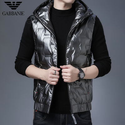 乔奇·阿玛尼秋冬装男士羽绒服中青年坎肩连帽白鸭绒保暖马甲外套