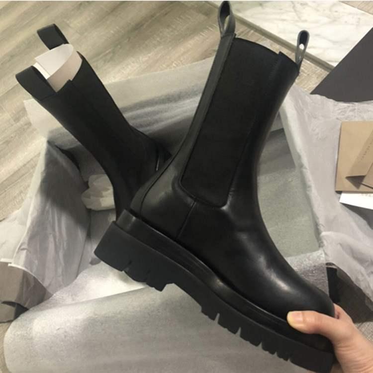 热卖新款网红MONA同款大棉马丁靴春夏新款短靴圆头切尔西靴中筒雪