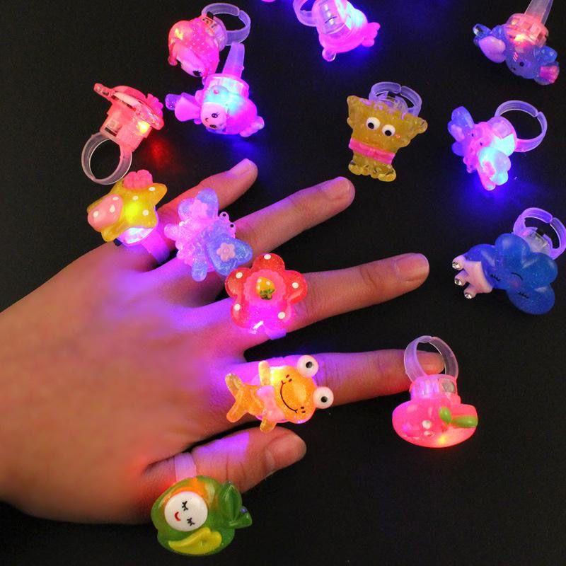 发光戒指发光玩具儿童圣诞节礼品LED闪光手指灯可爱卡通儿童玩具