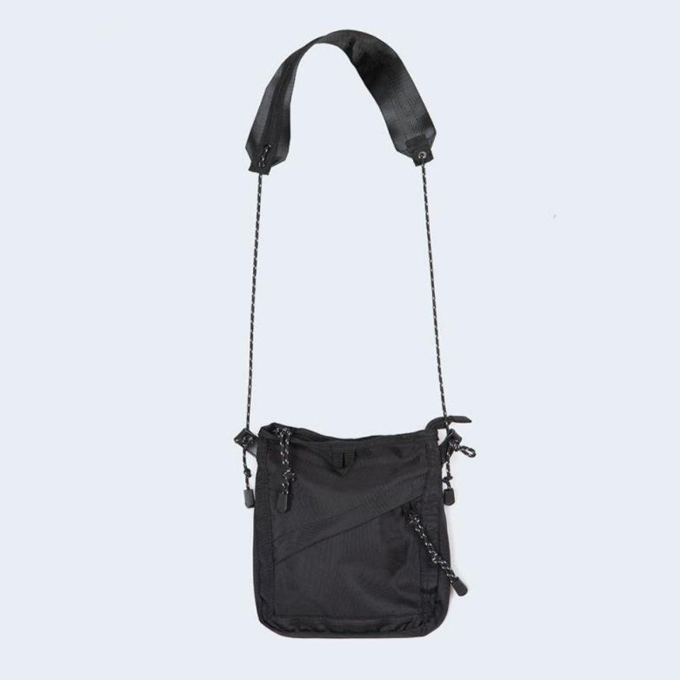 新品爆款单肩包女包时尚运动小包休闲斜挎包韩版潮百搭轻便布包包