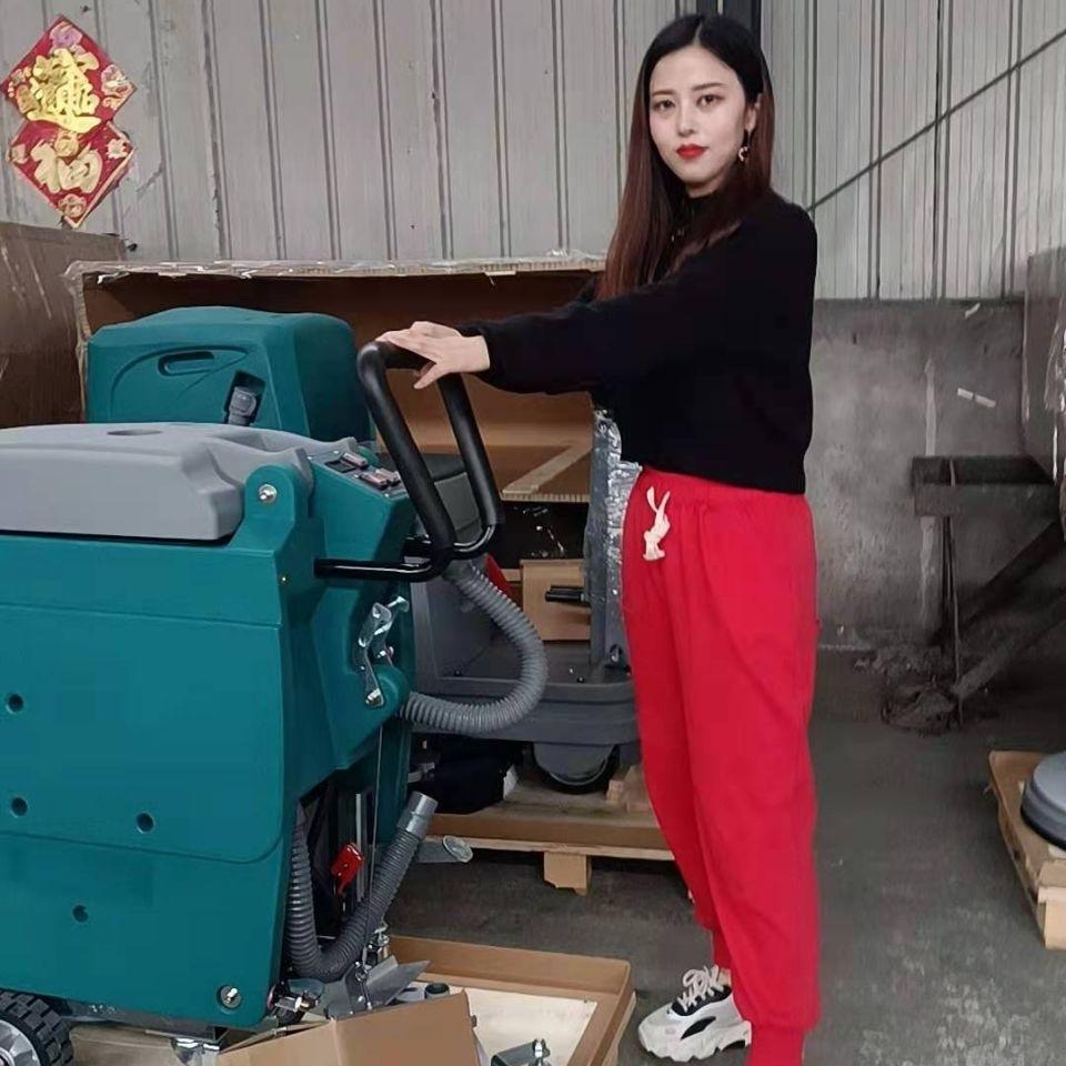 手推式洗地机  操作简单实用性强  洗地机  厂家直销全国联保