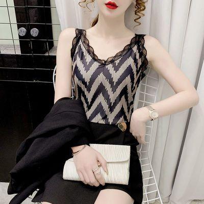 17670/2021新款洋气吊带背心女性感V领蕾丝打底衫外穿无袖百搭上衣女装