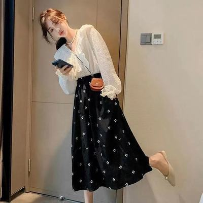 17809/胖mm黑色蓬蓬半身裙2021新款女中长款高腰裙子长裙伞裙刺绣A字裙