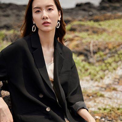 13578/对白纯色双排扣西装外套女2021春季百搭时尚OL通勤气质西服