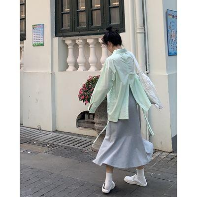 25381/青青张 /有点绿 春季新款设计感薄款防晒后开叉衬衫女长袖上衣ins