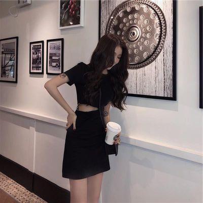 2021新款心机小黑裙夏季女装冷淡风显瘦赫本chic性感露腰连衣裙潮