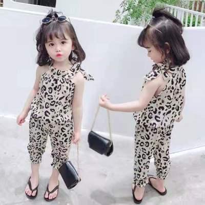 女宝宝夏季时髦露肩吊带套装新款女童九分长裤背心两件套韩版时尚