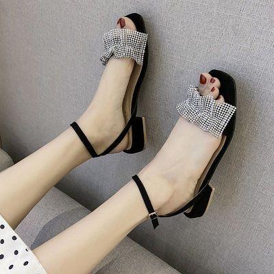 33264/2021夏季新款水钻粗跟中跟凉鞋一字扣低跟露趾女鞋高跟凉鞋