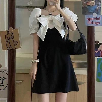 35581/法式复古连衣裙女设计感小众2021夏季新款甜美修身显瘦泡泡袖裙子