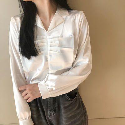 65292/2021春夏新款港风复古宽松衬衫女设计感西装领褶皱缎面雪纺上衣女