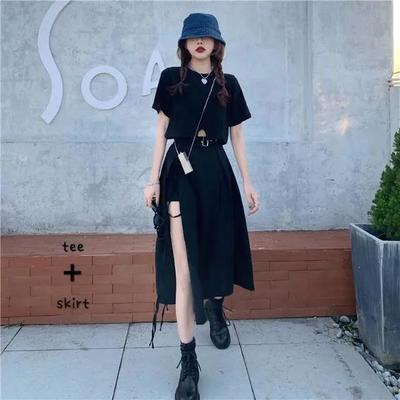 36052/赫本风套装女2021新款短袖T恤高腰设计感开叉A字半身裙伞裙两件套